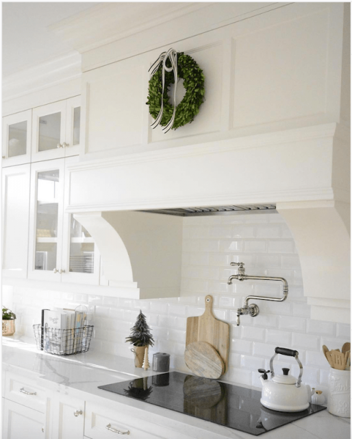 white kitchen with holiday decor