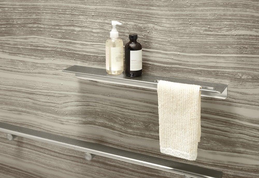 VeinCut Sandbar shower wall with shower barre and shelf