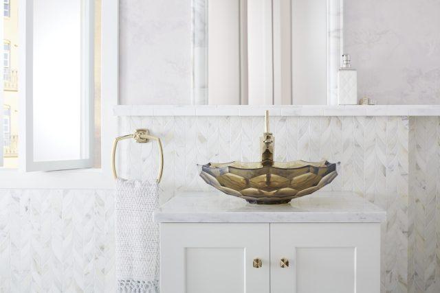 focal point bathroom sink